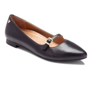 Vionic Delilah Pointed Mary Jane Leather Flats